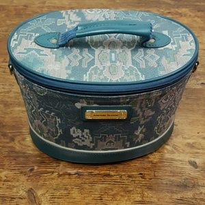 Vintage American Tourister Green Toiletry Bag
